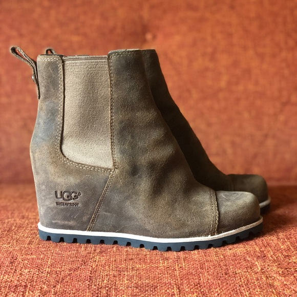 38b3aa49a3f NWOT UGG // Pax Waterproof Wedge Boot